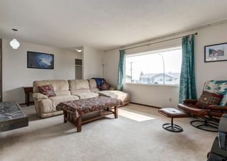 Photo 5: 7107 Hunterview Drive NW in Calgary: Huntington Hills Detached for sale : MLS®# A1130573