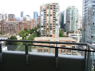 """Photo 11: 1408 1500 HORNBY Street in Vancouver: False Creek North Condo for sale in """"888 BEACH"""" (Vancouver West)  : MLS®# V720670"""