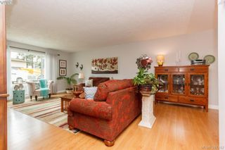 Photo 6: 724 Heaslip Pl in VICTORIA: Co Hatley Park House for sale (Colwood)  : MLS®# 794376