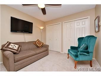 Photo 14: Photos: 3 10045 Fifth St in SIDNEY: Si Sidney North-East Row/Townhouse for sale (Sidney)  : MLS®# 595091
