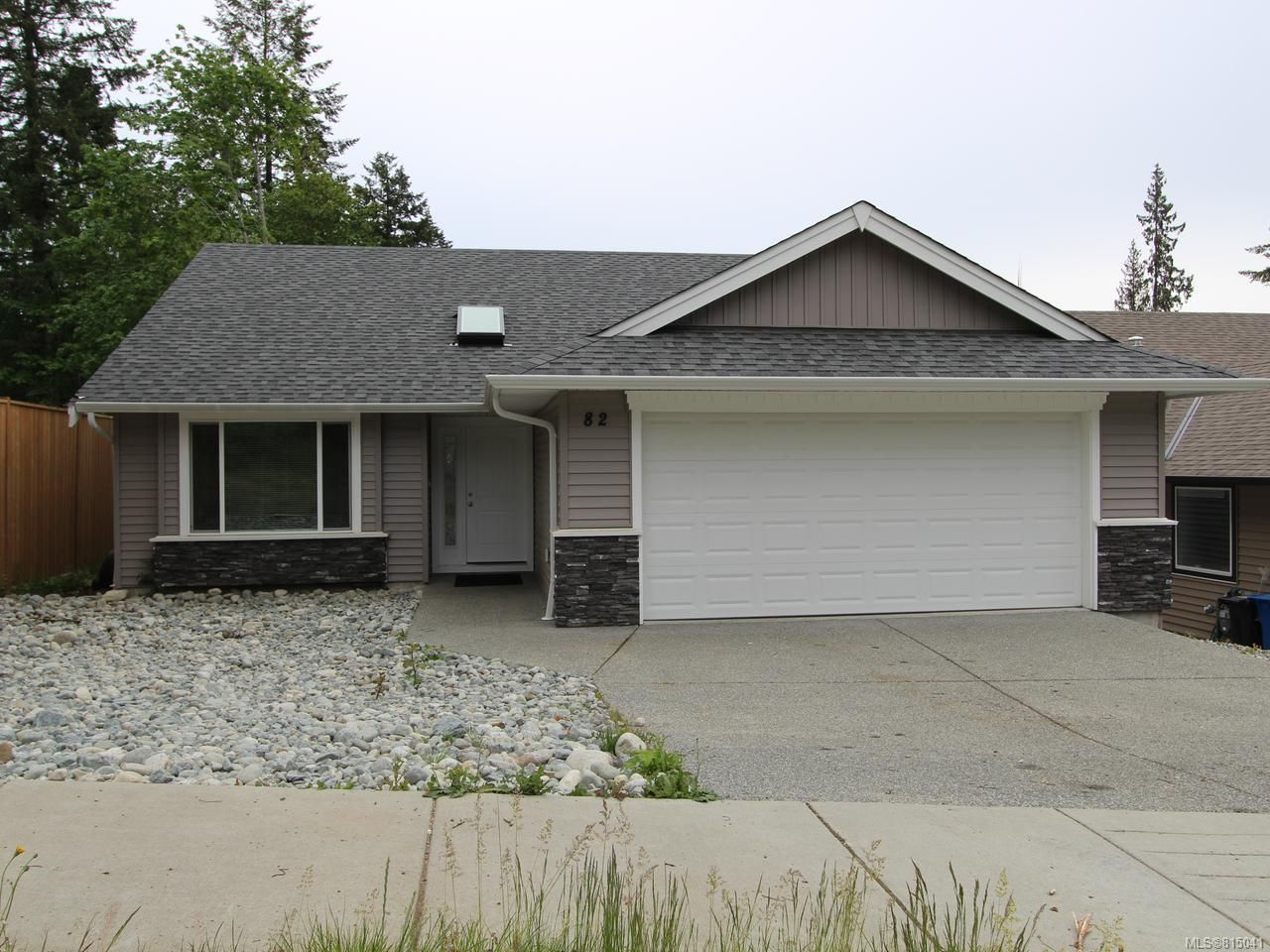 Main Photo: 82 Lenwood Rd in NANAIMO: Na Chase River House for sale (Nanaimo)  : MLS®# 815041
