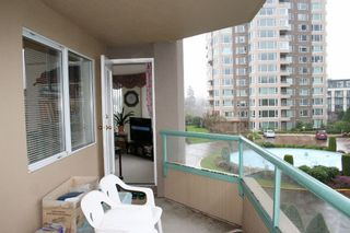 "Photo 13: 303 3190 GLADWIN Road in Abbotsford: Central Abbotsford Condo for sale in ""Regency Park"" : MLS®# R2126083"