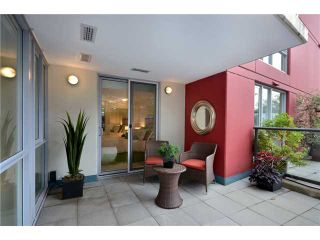 Photo 9: 213 1485 W 6TH Avenue in Vancouver: False Creek Condo for sale (Vancouver West)  : MLS®# V913670