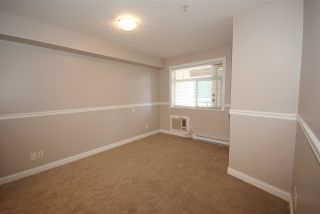 """Photo 11: 237 5660 201A Street in Langley: Langley City Condo for sale in """"Paddinton Station"""" : MLS®# R2188422"""