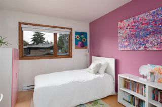 Photo 14: 904 GLENORA AVENUE in North Vancouver: Edgemont House for sale : MLS®# R2411495