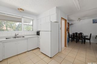 Photo 9: 1301 N Avenue South in Saskatoon: Holiday Park Residential for sale : MLS®# SK870515