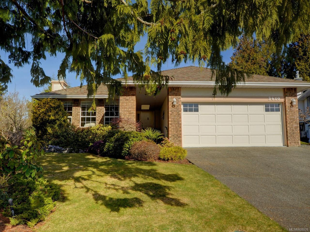 Main Photo: 3610 N Arbutus Dr in COBBLE HILL: ML Cobble Hill House for sale (Malahat & Area)  : MLS®# 808978