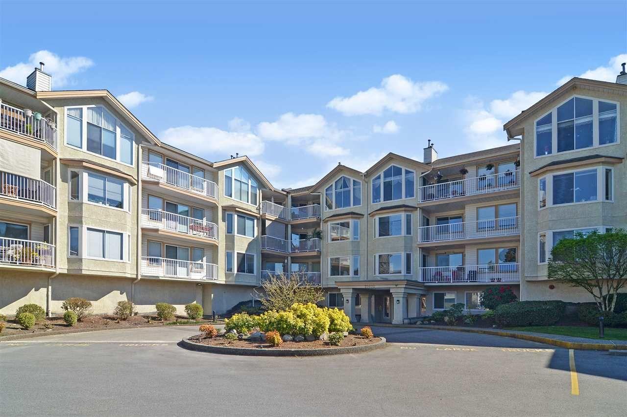 "Main Photo: 308 20600 53A Avenue in Langley: Langley City Condo for sale in ""River Glen Estates"" : MLS®# R2569314"