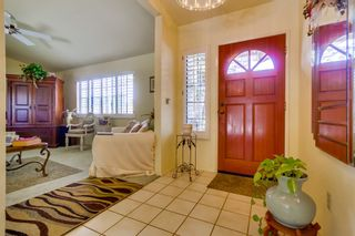 Photo 4: EAST ESCONDIDO House for sale : 3 bedrooms : 304 Lion Valley in Escondido
