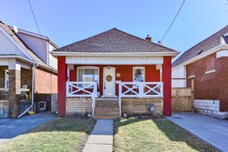 Photo 1: 42 Barons Avenue in Hamilton: House for sale : MLS®# H4074014