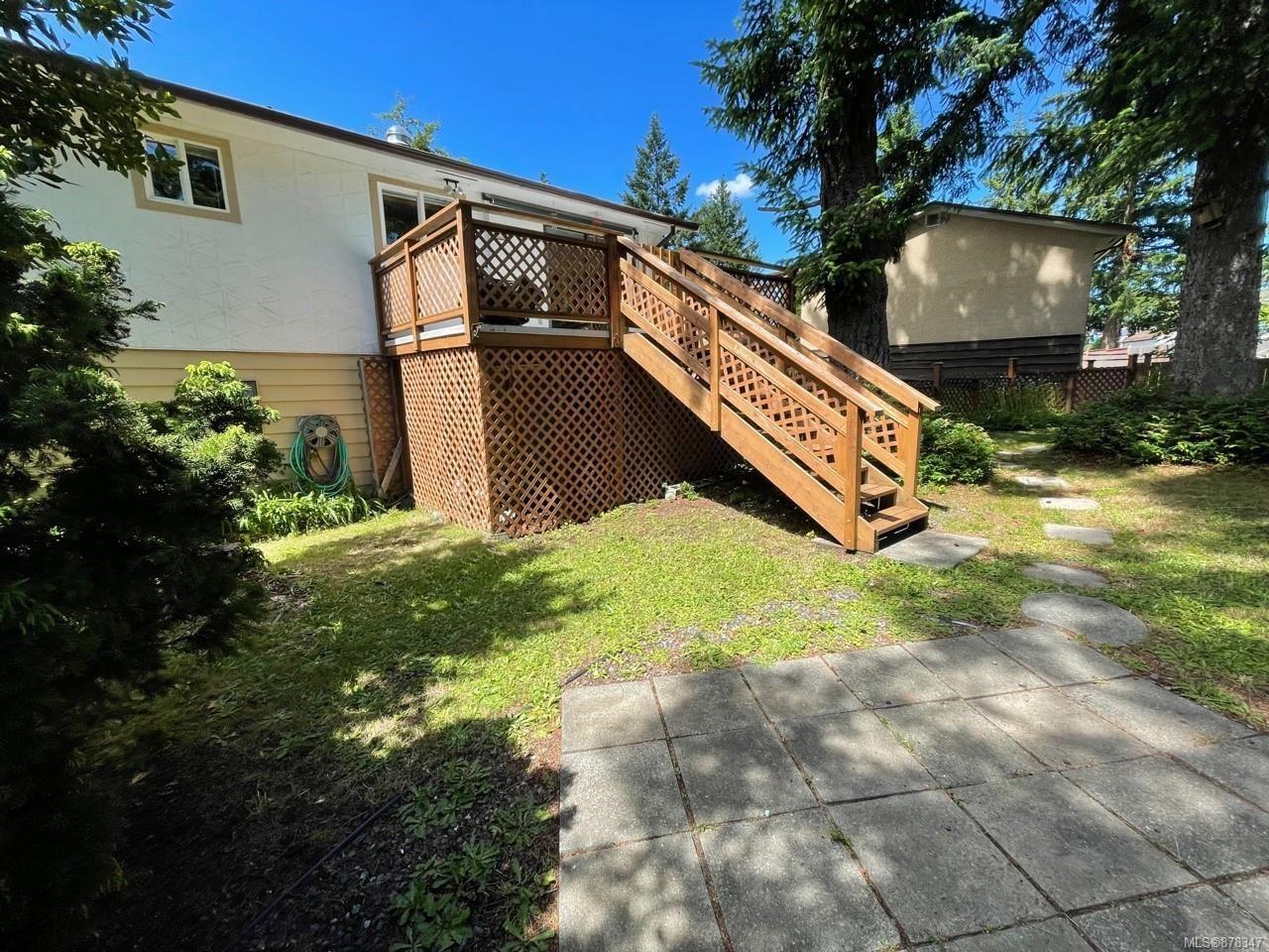 Photo 8: Photos: 334 Texada Pl in : CV Comox (Town of) House for sale (Comox Valley)  : MLS®# 878347