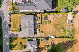 Photo 2: 3114 ROSS Road in Abbotsford: Aberdeen House for sale : MLS®# R2611801