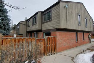 Main Photo: 902 9803 24 Street SW in Calgary: Oakridge Row/Townhouse for sale : MLS®# A1075883
