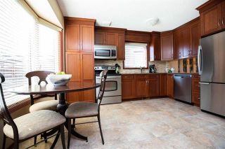 Photo 4: 71 William Whiteway Bay in Winnipeg: Riverbend Residential for sale (4E)  : MLS®# 1909335