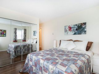 """Photo 18: 502 1508 MARINER Walk in Vancouver: False Creek Condo for sale in """"Mariner Point"""" (Vancouver West)  : MLS®# R2559474"""