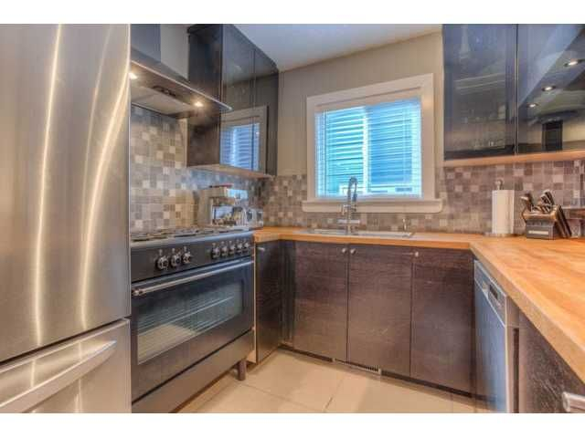 Photo 10: Photos: 39 SHAWGLEN Place SW in CALGARY: Shawnessy Residential Detached Single Family for sale (Calgary)  : MLS®# C3633354