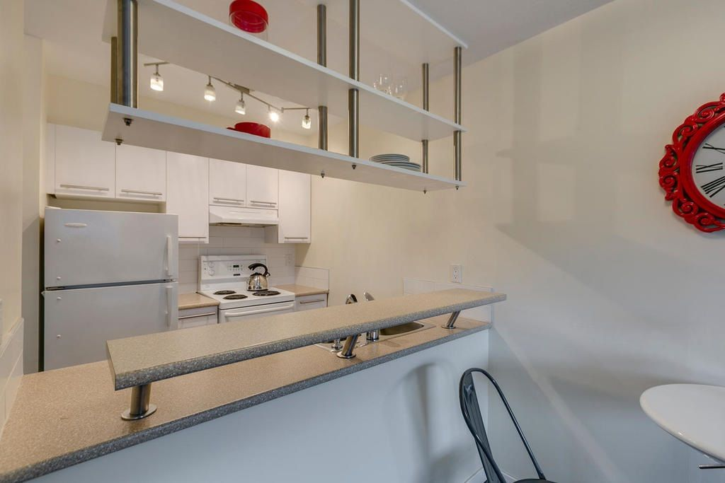 """Photo 9: Photos: 306 33 TEMPLETON Avenue in Vancouver: Hastings Condo for sale in """"North Templeton"""" (Vancouver East)  : MLS®# R2149760"""