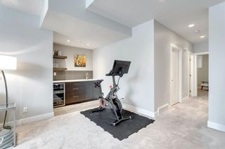 Photo 37: 2401 22 Avenue SW in Calgary: Richmond Semi Detached for sale : MLS®# A1064286