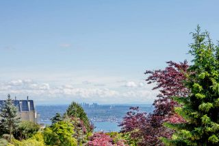 Photo 5: 1496 BRAMWELL Road in West Vancouver: Chartwell House for sale : MLS®# R2554535