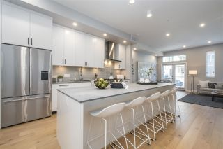 """Photo 3: 4686 CAPILANO Road in North Vancouver: Canyon Heights NV Townhouse for sale in """"Canyon North"""" : MLS®# R2546988"""