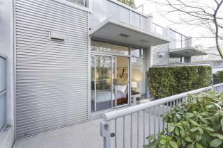 """Photo 14: 112 DUNSMUIR Street in Vancouver: Downtown VW Townhouse for sale in """"Spectrum 4"""" (Vancouver West)  : MLS®# R2437895"""