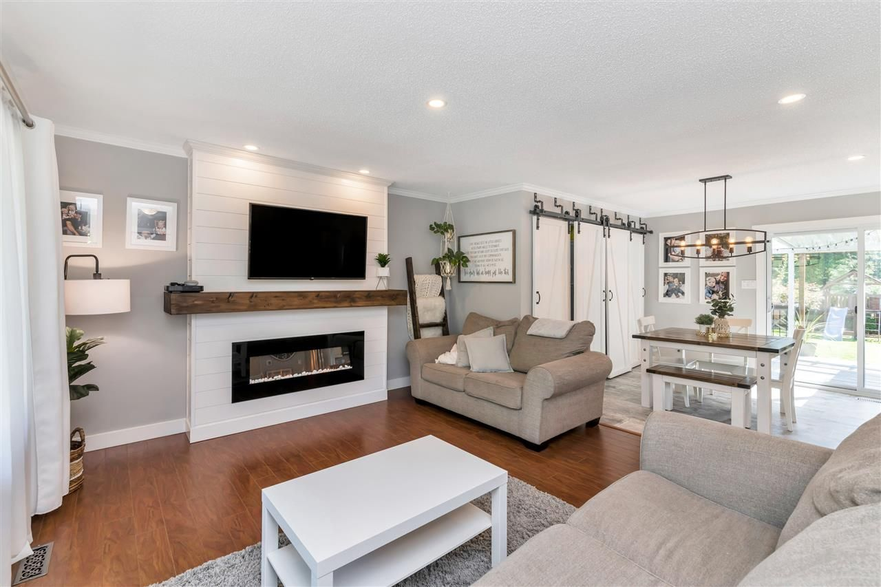 Photo 7: Photos: 32626 BADGER Avenue in Mission: Mission BC House for sale : MLS®# R2493289
