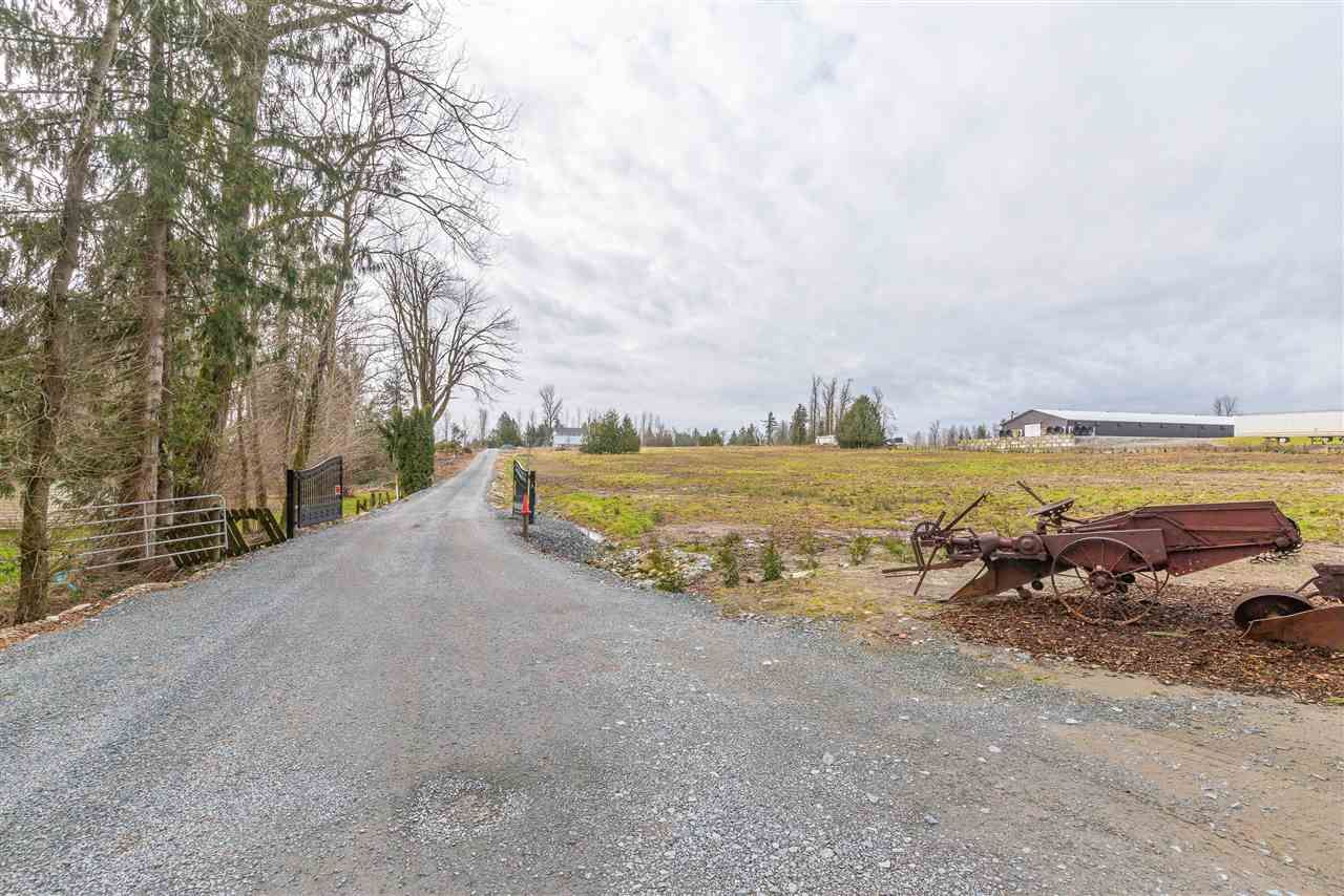 Main Photo: 30160 BURGESS Avenue in Abbotsford: Bradner Agri-Business for sale : MLS®# C8037622