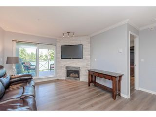 """Photo 4: 307 15150 29A Avenue in Surrey: King George Corridor Condo for sale in """"The Sands 2"""" (South Surrey White Rock)  : MLS®# R2464623"""