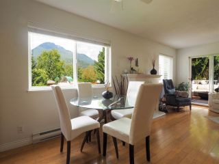 "Photo 4: 13 39920 GOVERNMENT Road in Squamish: Garibaldi Estates Townhouse for sale in ""Shannon Estates"" : MLS®# R2489214"