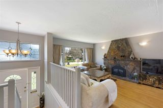 """Photo 7: 919 DUNDONALD Drive in Port Moody: Glenayre House for sale in """"Glenayre"""" : MLS®# R2353817"""