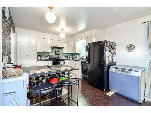Photo 8: Photos: 8073 Burnfield Crescent in Burnaby: Burnaby Lake House for sale (Burnaby South)  : MLS®# R2105566