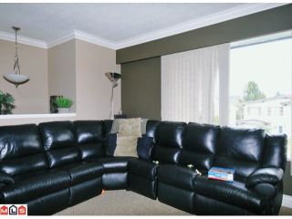 Photo 3: 7687 JUNIPER ST in Mission: Mission BC House for sale : MLS®# F1120098