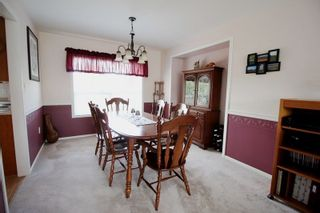 """Photo 3: 4527 222A Street in Langley: Murrayville House for sale in """"Murrayville"""" : MLS®# R2268496"""