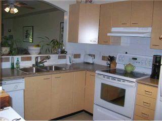 Photo 4: 307 8495 Jellicoe Street in RIVERGATE: Home for sale : MLS®# V919568