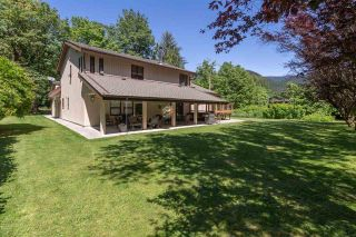 Photo 33: 1240 JUDD Road in Squamish: Brackendale House for sale : MLS®# R2444989
