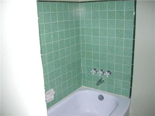 Photo 13: PACIFIC BEACH House for sale : 2 bedrooms : 4276 Lamont