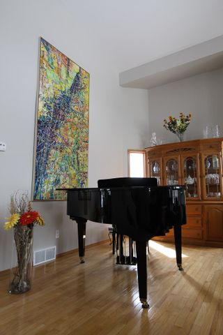 Photo 4: 224 Orchard Hill Road in Winnipeg: Royalwood Single Family Detached for sale (Winnipeg area)  : MLS®# 1406454