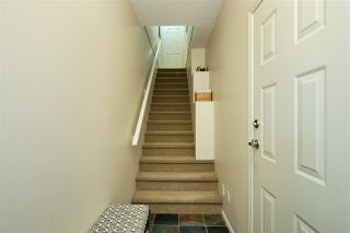 "Photo 2: 53 15 FOREST PARK Way in Port Moody: Heritage Woods PM Townhouse for sale in ""DISCOVERY RIDGE"" : MLS®# R2540995"