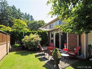Photo 19: 8 5164 Cordova Bay Rd in VICTORIA: SE Cordova Bay Row/Townhouse for sale (Saanich East)  : MLS®# 704270