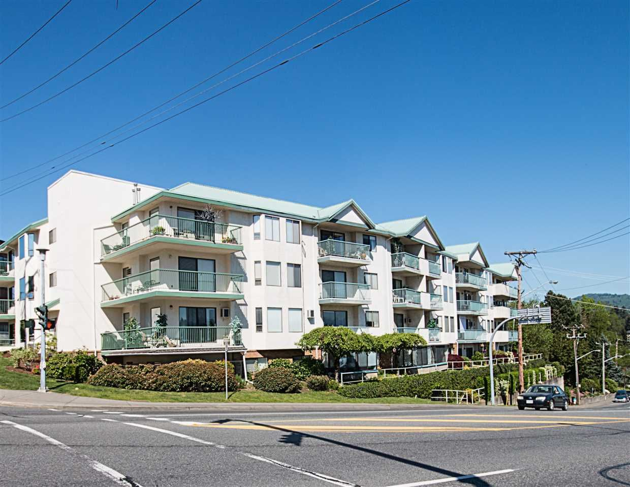 "Main Photo: 307 2678 MCCALLUM Road in Abbotsford: Central Abbotsford Condo for sale in ""PANORAMA TERRACE"" : MLS®# R2061588"