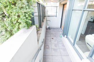 "Photo 3: 2405 HEATHER Street in Vancouver: Fairview VW Townhouse for sale in ""700 WEST 8TH"" (Vancouver West)  : MLS®# R2366688"