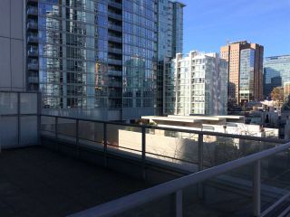 """Photo 2: 510 131 REGIMENT Square in Vancouver: Downtown VW Condo for sale in """"SPECTRUM 3"""" (Vancouver West)  : MLS®# R2016924"""
