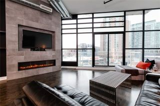 Photo 2: 43 Hanna Ave Unit #510 in Toronto: Niagara Condo for sale (Toronto C01)  : MLS®# C3549030