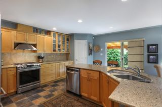 Photo 3: 880 Monarch Dr in : CV Crown Isle House for sale (Comox Valley)  : MLS®# 879734