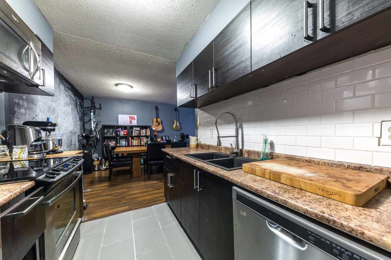 Main Photo: 316 4373 HALIFAX Street in Burnaby: Brentwood Park Condo for sale (Burnaby North)  : MLS®# R2271360