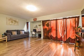 Photo 2: 52 13813 102 Avenue in Surrey: Whalley Townhouse for sale (North Surrey)  : MLS®# R2170885