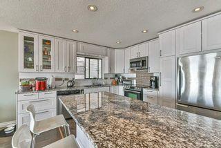 "Photo 8: 15066 ROYAL Avenue: White Rock House for sale in ""White Rock"" (South Surrey White Rock)  : MLS®# R2565589"