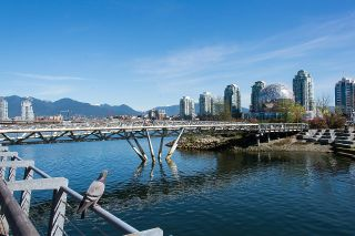 """Photo 30: 528 1783 MANITOBA Street in Vancouver: False Creek Condo for sale in """"Residences at West"""" (Vancouver West)  : MLS®# R2595306"""