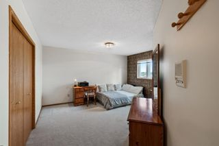 Photo 26: 927 Shawnee Drive SW in Calgary: Shawnee Slopes Detached for sale : MLS®# A1123376