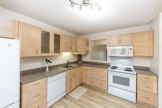 Photo 5: 40 LACOMBE Point: St. Albert Townhouse for sale : MLS®# E4265417